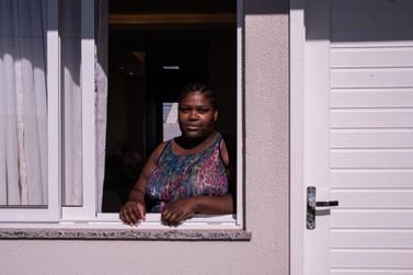 Imigrante realiza sonho da casa própria e traz filhas do Haiti para Umuarama