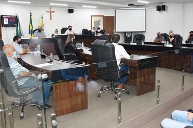 Vereadores de Umuarama aprovam Fundo Municipal de Vacina por unanimidade