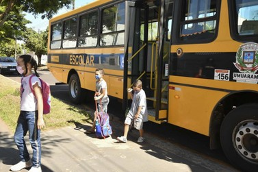 Aulas presenciais voltam de forma gradativa e escalonada em escolas de Umuarama