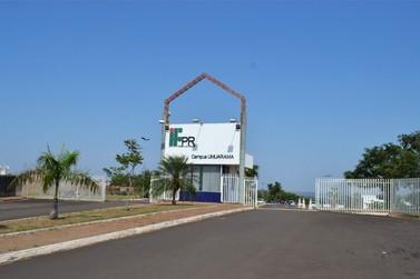 Campus IFPR de Umuarama  promove palestra de abertura do Projeto Re-Existência
