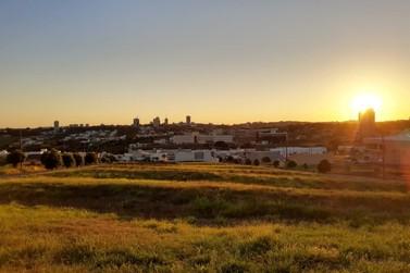 Sol deve retornar nesta terça-feira à região de Umuarama, segundo o Simepar