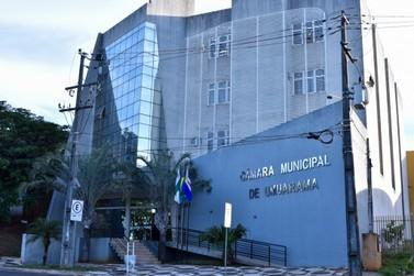 Casos de covid voltam a provocar o fechamento da Câmara de Umuarama nesta semana