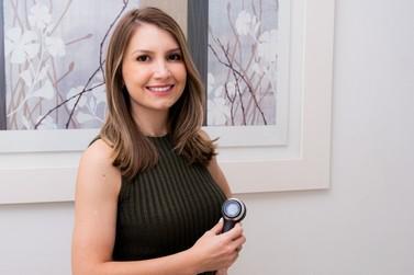 Dermatologista fala sobre os riscos e benefícios do Roacutan no combate à acne