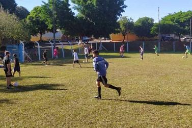 Projeto Bora Jogar ganha mais um núcleo e atenderá crianças do Parque Tarumã