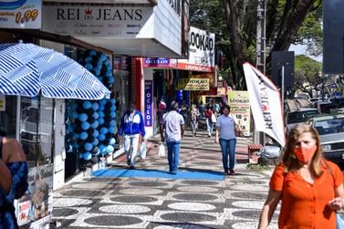 Campanha Umuarama Liquida cai no gosto dos consumidores e lojistas, segundo Aciu