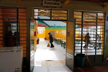 Publicado editais de PSS para escolas estaduais com vagas para Umuarama