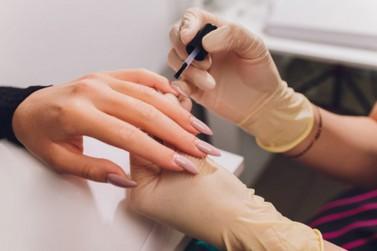 Clube de Mães oferta vagas para curso gratuito de manicure em Umuarama