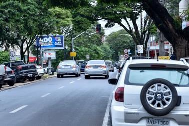 Licenciamento de veículos com placas final 3, 4 e 5 vence em 30 de setembro