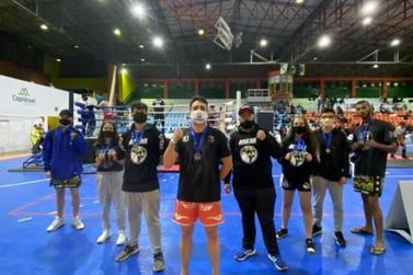 Nove atletas de Umuarama vão disputar o Campeonato Brasileiro de Kickboxing