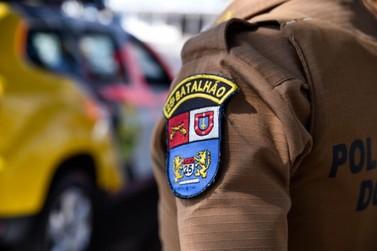 Homem quebra o celular da esposa durante discussão e acaba preso em Umuarama