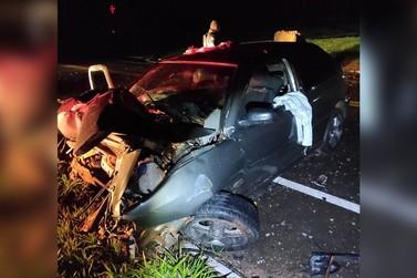 Jovem morre após colidir em placa de concreto na PR-182, entre Umuarama e Ivaté