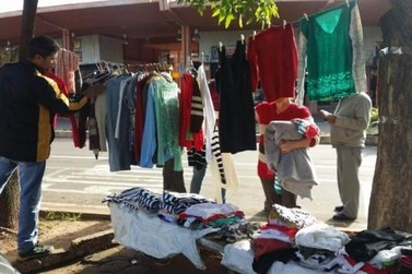 'Amor no Cabide' doará roupas a moradores de rua neste sábado