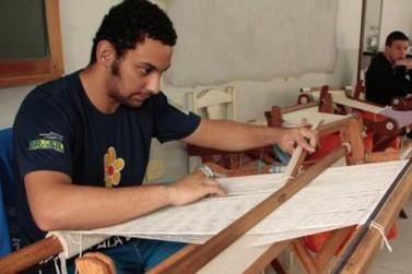 Apae inicia campanha de Páscoa para construção de salas de aula