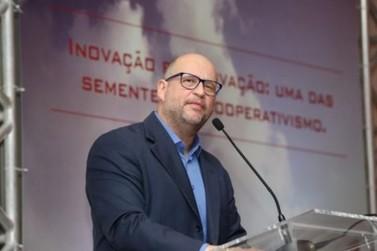 Clóvis de Barros Filho ministra palestra na próxima semana em Umuarama