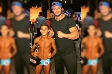 Com 13 anos, umuaramense ganha título estadual de fisiculturismo