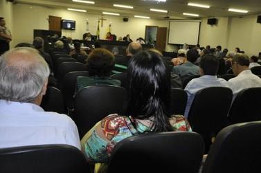 Em uma das pautas mais extensas de sua história, Câmara de Umuarama discute 20 projetos