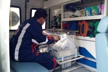 Equipe do Samu realiza parto dentro de ambulância em Cianorte