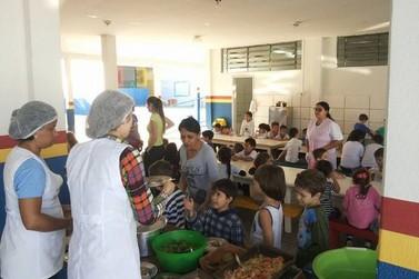 Escola do Jardim Birigui participa de jornada nacional de educação alimentar