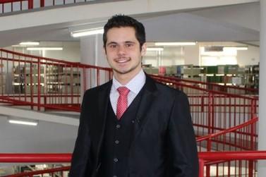 Estudante de Direito se destaca incrementando currículo com publicações científicas