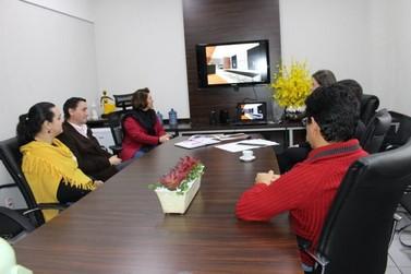 Estudantes da Unipar criam projeto do novo hall da Câmara Municipal