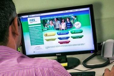 Estudantes de Umuarama poderão renovar os contratos do Fies a partir do dia 16