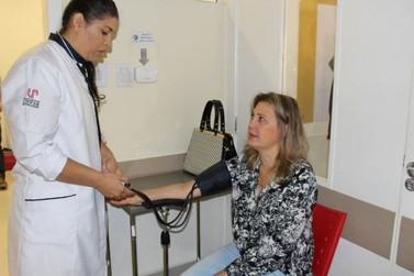 Evento de Enfermagem em Umuarama aponta novos rumos da profissão