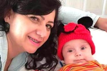 Família pede doação de sangue para bebê de sete meses que enfrenta um câncer