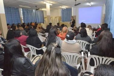 Merendeiras de Umuarama participam de curso sobre manipulação de alimentos