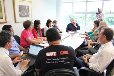 Paraná anuncia alterações na educação e greve deve ser deflagrada na volta das aulas