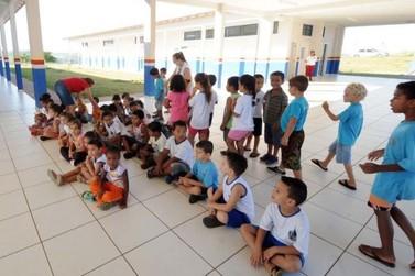 Prefeitura de Umuarama promete a compra de 14 mil uniformes escolares