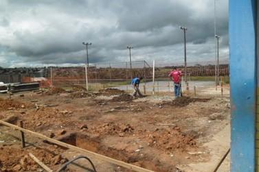Presos fazem reparos em escola pública do Paraná
