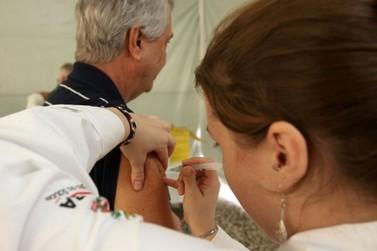 Saúde informa que manterá vacina contra a gripe para o público-alvo