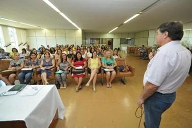 Secretaria de Educação de Umuarama orienta gestores das unidades escolares