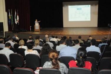 Seminário defende a união de esforços para promover o desenvolvimento regional