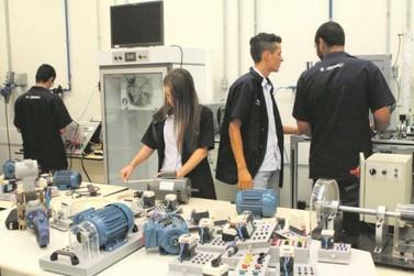 Senai oferece cursos técnicos para quem deseja vencer no competitivo mercado de trabalho