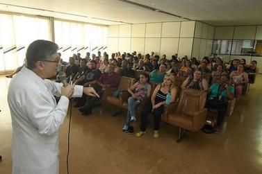 Servidores Municipais recebem treinamento sobre riscos biológicos e EPI´s