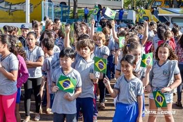Solenidade nesta sexta abre a Semana da Pátria na Santos Dumont, em Umuarama