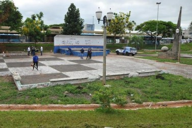 Prefeitura de Umuarama inicia revitalização da praça da Bíblia