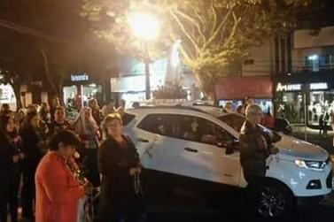 Caminhada de Bênçãos leva centenas de pessoas a rezarem por Umuarama
