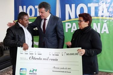 Cobrador de transporte em Umuarama ganha R$ 80 mil no Nota Paraná