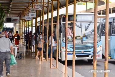 Prefeito autoriza aumento da tarifa do transporte público em Umuarama