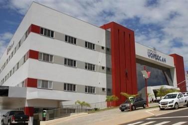 Uopeccan completa um ano de combate ao câncer em Umuarama