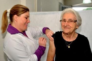 Vacinação contra a gripe deve imunizar 3,1 milhões de pessoas no Paraná