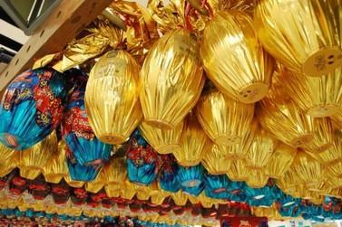 Yázigi arrecada chocolates para crianças carentes e sorteia prêmio para doadores