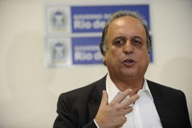 Ministério Público denuncia Pezão por improbidade administrativa