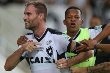 Botafogo é campeão estadual sobre o Vasco nos pênaltis