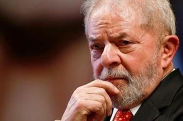 Lula passa noite no sindicato