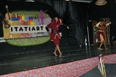 Casa da Cultura de Itatiaia atende mais de 400 alunos com aulas de dança