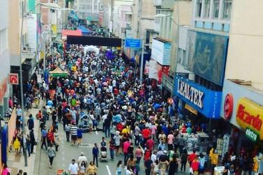 Projeto 'Rua de Compras' é realizado domingo em Volta Redonda