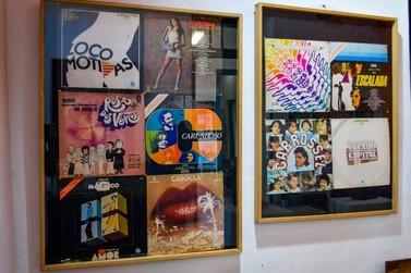 Homenageando os 55 anos da TV Brasileira, exposição entra em cartaz em Resende